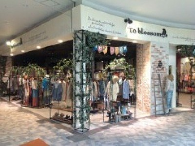 to blossom(トゥーブロッサム)ベルモール店のバイトメイン写真