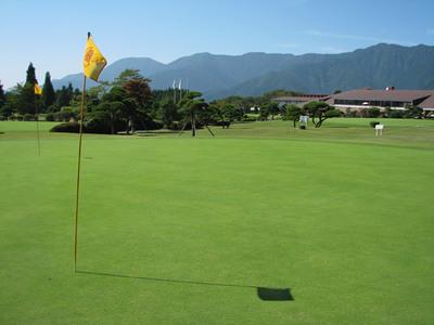 クローバーゴルフ 朝霧ジャンボリー店のバイト写真2