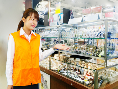 ビーナスフォート(時計販売)のバイトメイン写真