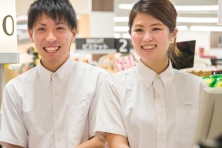 株式会社チェッカーサポート(7124  100円ショップ 川崎大師店)のバイト写真2