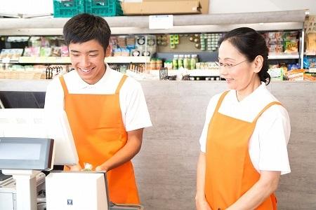 株式会社チェッカーサポート(9101 大阪市内 多店舗勤務レジラウンダー)のバイト写真2